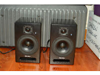 E-MU PM5 Active nearfield monitor speakers