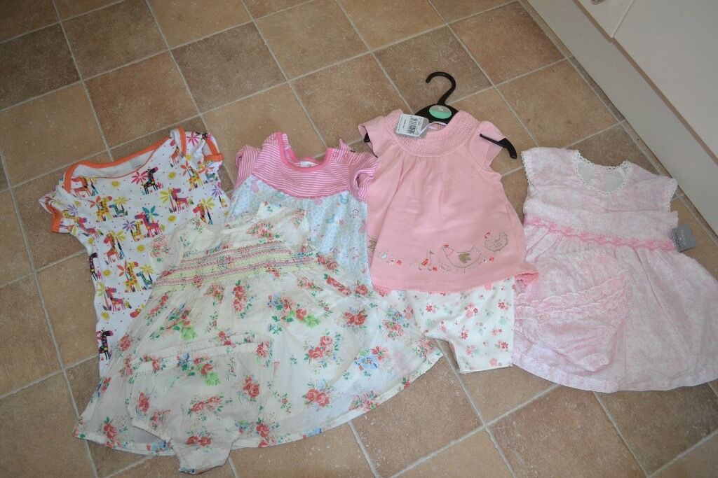 Girls 3-6 month summer clothes bundle new or like new