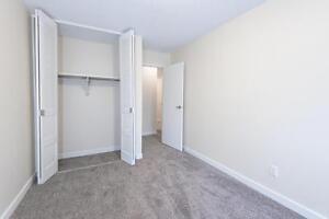 *ONE MONTH FREE *   Spacious 1 BR Apartment, AMAZING location Regina Regina Area image 5