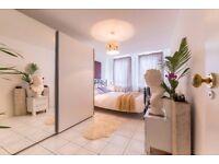 One bedroom flat / Tower BRIDGE / LIVERPOOL / St. Katherine DOCKS