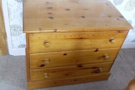 2 x pine chest of draws, solid pine draw base/backs