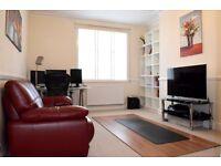 2 bedroom flat in Golders Green Road, Golders Green, NW11