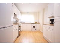 Massive 4 bedroom flat to rent Leytonstone Call Now Will Go Fast!!!