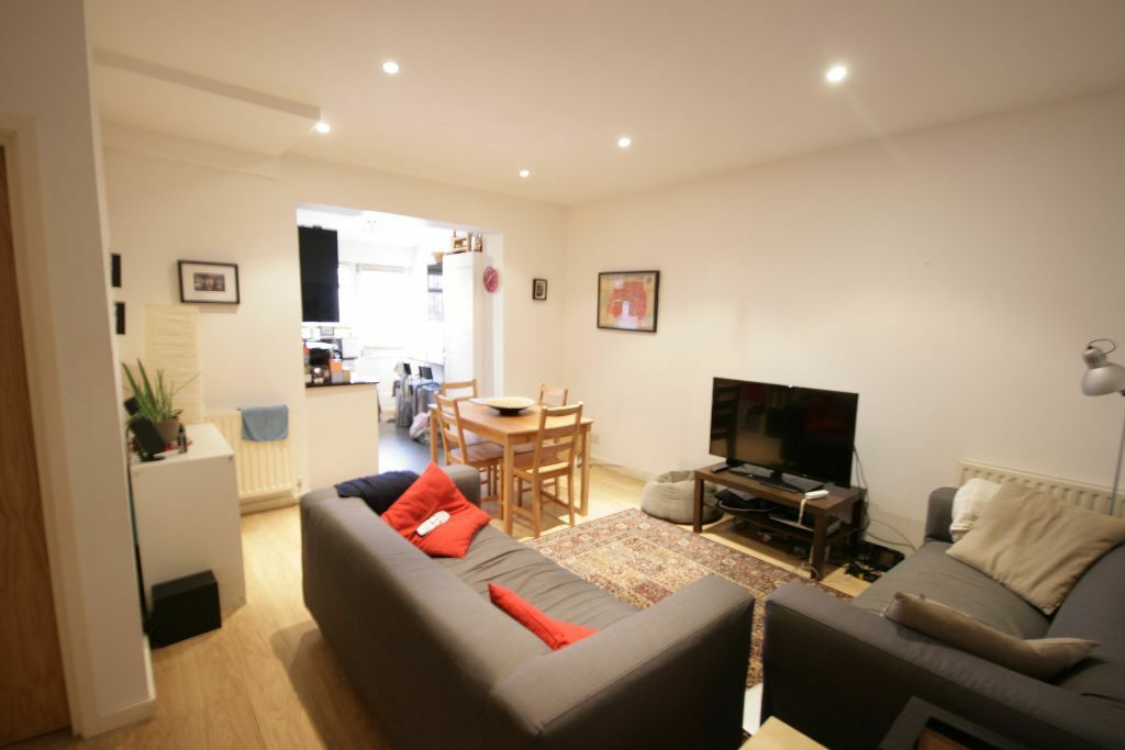 Lovely 2 bed Flat, minutes from Stockwell tube