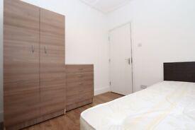 🏠CHEAPEST SINGLE ROOM IN SURREY QUAYS - Zero Deposit apply - 165 Trundleys