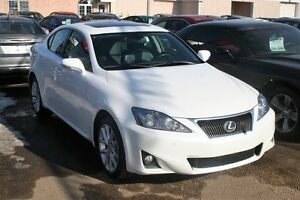 2013 Lexus IS 250 AWD, LUXURY, NAV, S/ROOF, LEATHER, ALLOYS
