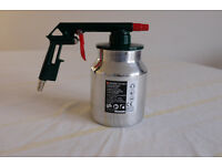 Compressed air sandblaster
