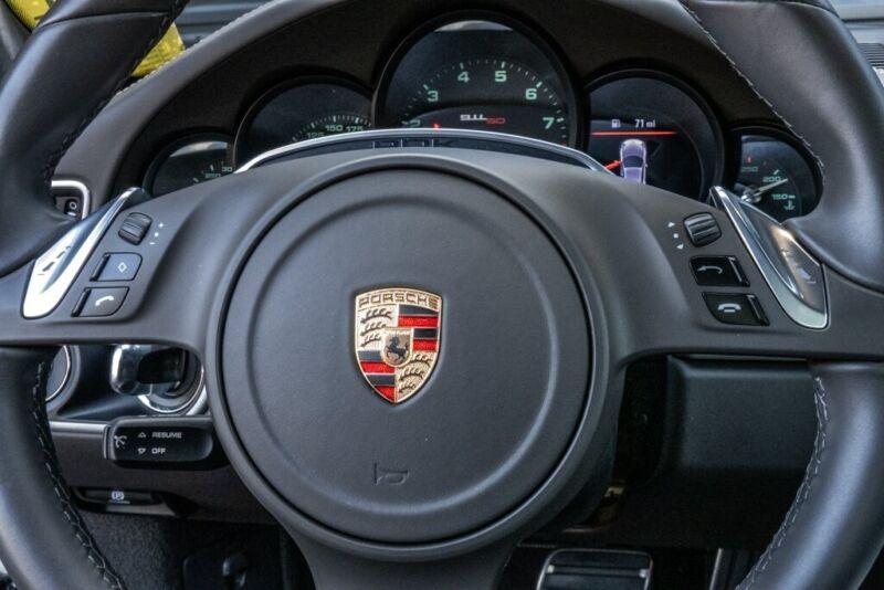 Image 9 Voiture Européenne d'occasion Porsche 911 2014