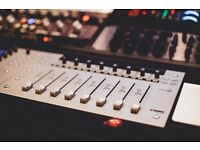 Music Production Lessons - Tuition - Recording - Mixing - Mastering - Logic Pro X - Composition