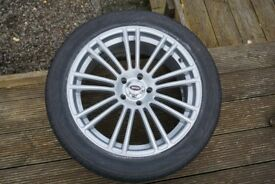 Set of 18in Alloy Wheels with Winter Tyres