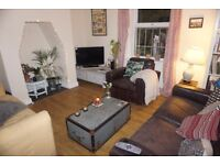 Immaculate, two double bedroom flat just off Gloucester Road, Garden Flat. Professionals only!