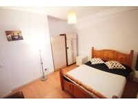 AMAZING DUOBLE ROOM IN CAMDEN TOWN IDEAL FOR COUPLES **HALF DEPOSIT ONLY NEEDED** 28I