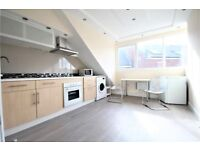 EXTREMELY WELL LIT 1 BEDROOM FLAT IN STOKE NEWINGTON