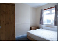 £230 Ground Furnished Room. Ormeau Road