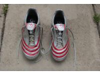 Kid's football shoes 13K