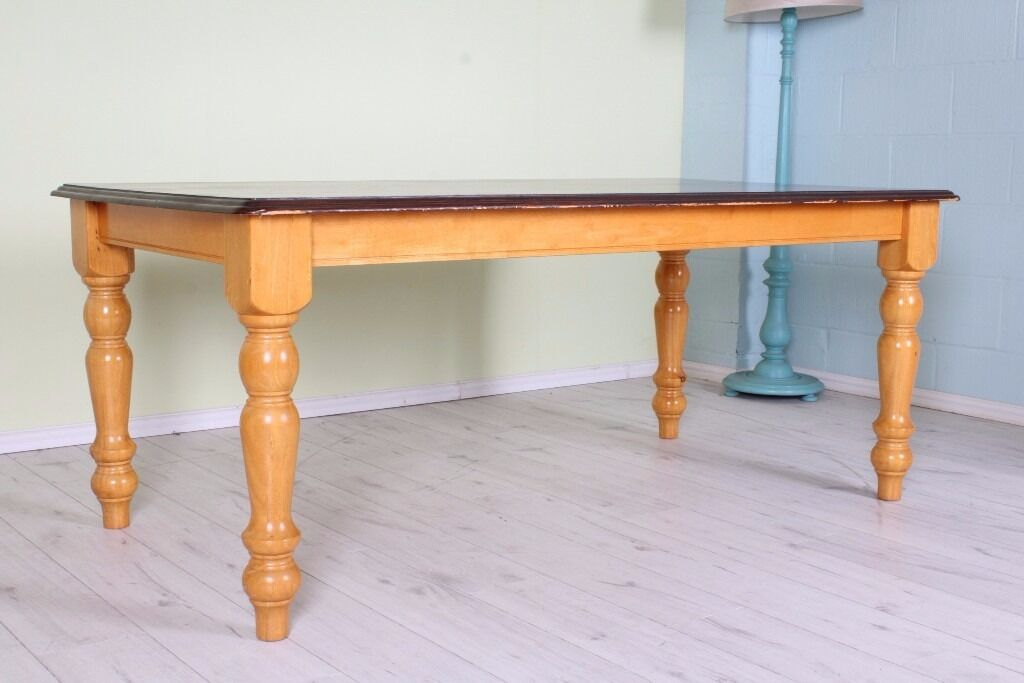 LARGE WOODEN TABLE 6 FT WITH TURNED LEGS PAINTING PROJECT - CAN COURIER FREE LOCAL DELIVERY