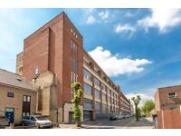 N16 -WAREHOUSE- STOKE-NEWINGTON/DALSTON-HACKNEY- CONVERTED LARGE WAREHOUSE CLOSE TO STATION