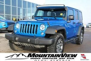 2015 Jeep Wrangler Unlimited Rubicon AUTO! LIGHTBAR!