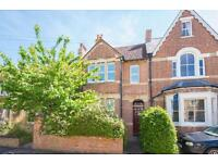 2 bedroom house in Stratfield Road, Central Summertown,