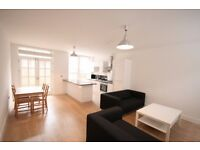 Huge 4 Bed House Over 3 Floors - SW8