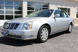 2010 Cadillac DTS PLATINUM EDITION -- LOW 72,000 KM
