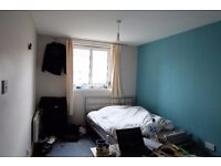 BIG SINGLE ROOM FROM 13 MAY *STUDENT PREFERRED*