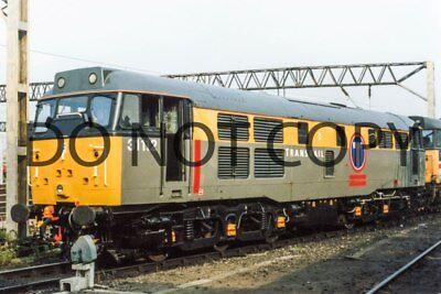 UK DIESEL TRAIN RAILWAY PHOTOGRAPH OF CLASS 31 31112 LOCO. (RM31-43)