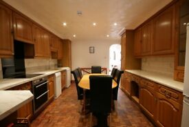 Stunning 3 double bed property | Union Grove, Stockwell | No Fees