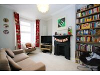 Calling SHARERS - A MUST SEE Beautiful & Refurbished 3 Double Bedroom House in N8
