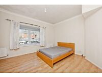 Massive 5 bedroom TownHouse in the Docklands (near Canary Wharf/ greenwich/ o2 Arena)
