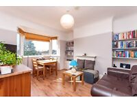GREAT Location TWO bedroom flat, PRIVATE BALCONY 5 min walk to WEST HAMPSTEAD £360PW