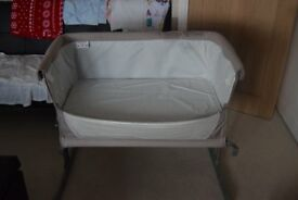 Next to Me Chicco Crib Excellent condition