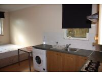 Studio flat to rent