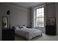 Large double room in Canonbury in a 4-storey house