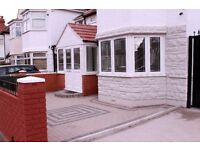 3 bedroom Semi detached house, High Street South East Ham E6