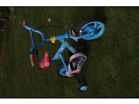 Childrens Thomas the Tank Engine Bike with Stabilisers