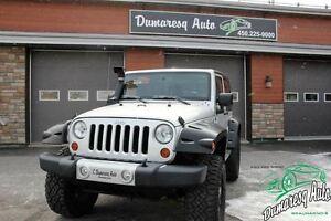 2011 Jeep Wrangler Sahara 2 portes+2 toit
