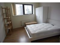 # LARGE AND CHEAP DOUBLE ROOM IN ZONE 1! #
