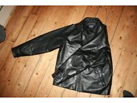 Classic Cut Leather Jacket- Pristine Condition