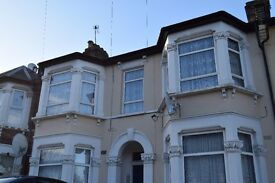 LARGE 2 DOUBLE BEDROOM FIRST FLOOR FLAT WITH ACCESS TO PRIVATE GARDEN 2MINS WALK TO ILFORD STATION!