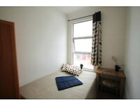 Amaizing Double room & Double use single available in the same flat !! all bill inc !! 80Q