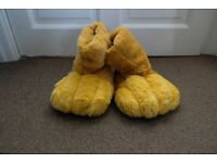 Lion Guard Size UK 9-10 Slippers - Lion King Slippers
