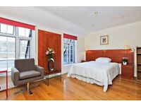 COSY TOP FLOOR**STUDIO FLAT****BAKER ST**STUDENTS BOOK NOW**OWN KITCHEN & BATHROOM**NOT TO BE MISSED