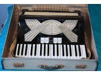 Accordian Hohner Verdi 2