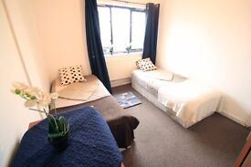NICE DOUBLE ROOM NEXT TO TUFNELL PARK. QUIET PLACE TO LIVE. £ 175 PW