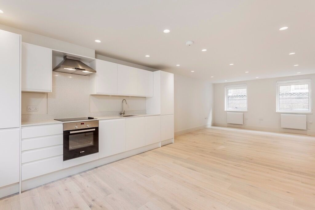Brand New 2 Bed Flat - STRUTTON GROUND - ST JAMES PARK SW1