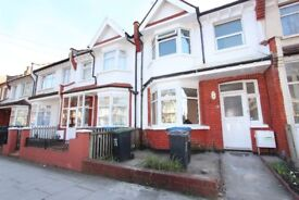 DSS WELCOME - 4 BED HOUSE - PALMERS GREEN