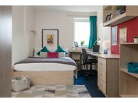 STUDENT ROOMS TO RENT IN LIVERPOOL, EN-SUITE ROOMS WITH COMFORTABLE SINGLE BED AND LARGE STUDY AREA