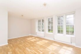 *MUST SEE* A Large Two Bedroom Apartment Located Close To Cutty Sark DLR