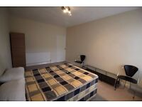 Double Room Available in Haydons Road
